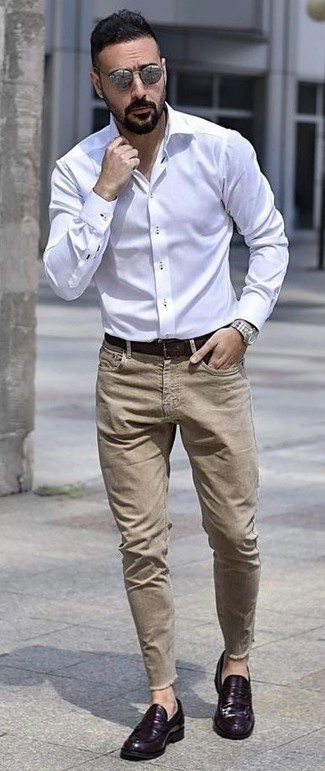 How to wear: dark brown leather belt, violet leather loafers, khaki jeans, white dress shirt