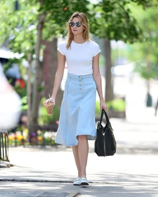 How to wear: black suede tote bag, white leather loafers, light blue denim midi skirt, white crew-neck t-shirt