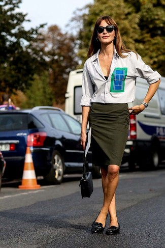 How to wear: black leather crossbody bag, black leather loafers, olive pencil skirt, grey dress shirt