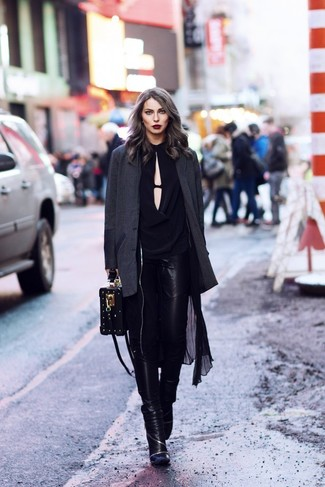 How to wear: black leather skinny jeans, black long sleeve blouse, charcoal blazer, black lightweight trenchcoat