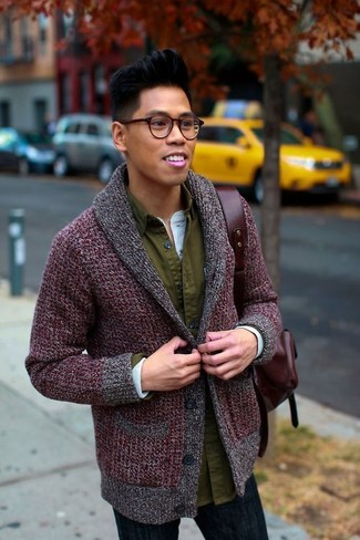 How to Wear a Burgundy Leather Backpack For Men: When the situation permits casual city styling, you can easily wear a burgundy shawl cardigan and a burgundy leather backpack.