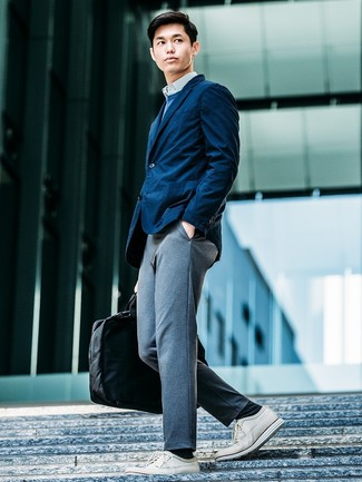 How to wear: grey knit chinos, white and blue vertical striped long sleeve shirt, blue crew-neck sweater, navy blazer