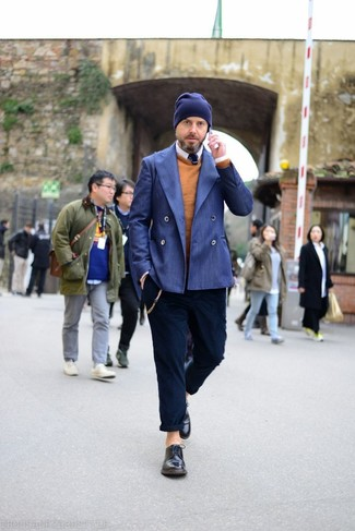 How to wear: navy chinos, white long sleeve shirt, tobacco crew-neck sweater, blue double breasted blazer