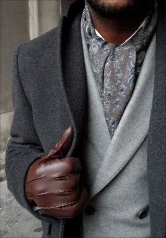 How to Wear a Grey Paisley Scarf For Men: A charcoal overcoat and a grey paisley scarf married together are a perfect match.