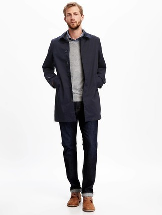 How to wear: navy jeans, blue gingham long sleeve shirt, grey v-neck sweater, navy trenchcoat