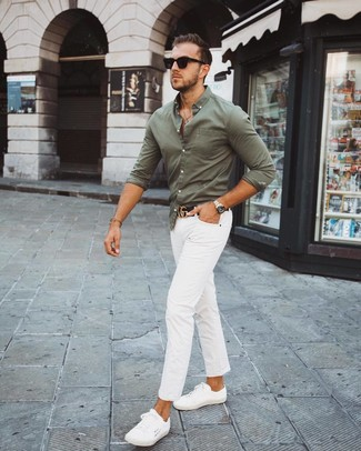 How to wear: black leather belt, white low top sneakers, white chinos, olive long sleeve shirt