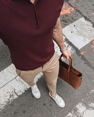 How to wear: brown leather briefcase, white low top sneakers, beige chinos, burgundy polo