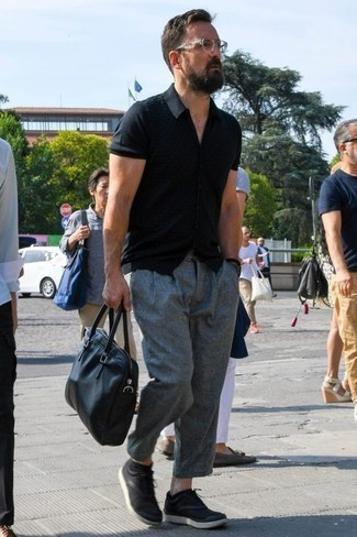 Men's Looks & Outfits: What To Wear In 2020: Putting together a black short sleeve shirt with grey chinos is an on-point idea for an off-duty getup. The whole outfit comes together perfectly when you complement your look with a pair of black canvas low top sneakers.
