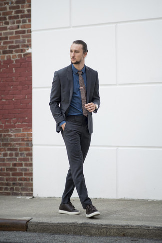 How to Wear a Brown Plaid Tie For Men: A charcoal suit and a brown plaid tie are absolute essentials if you're picking out a smart closet that matches up to the highest men's fashion standards. To bring a sense of stylish casualness to your getup, introduce a pair of dark brown leather low top sneakers to your outfit.