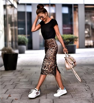 How to wear: beige embroidered leather crossbody bag, white leather low top sneakers, brown leopard pencil skirt, black crew-neck t-shirt