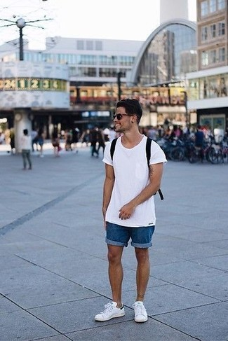 How to wear: black canvas backpack, white leather low top sneakers, blue denim shorts, white crew-neck t-shirt