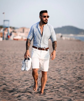 How to wear: brown woven canvas belt, white leather low top sneakers, white shorts, light blue linen long sleeve shirt