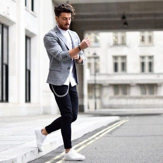 How to wear: white pocket square, white leather low top sneakers, black skinny jeans, white dress shirt