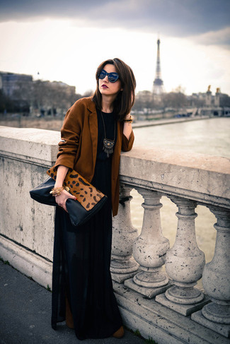 How to wear: brown suede ankle boots, black pleated maxi skirt, black crew-neck t-shirt, tobacco blazer