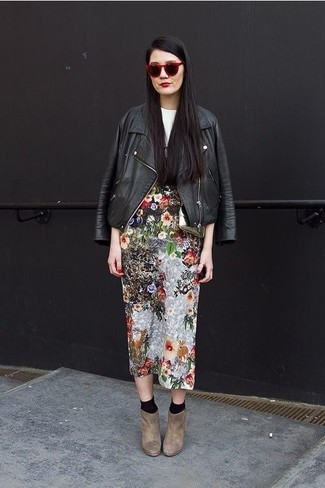 How to wear: brown suede ankle boots, multi colored floral midi skirt, white and black print crew-neck t-shirt, black leather biker jacket