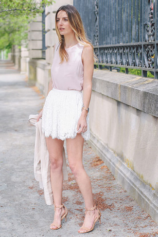 How to wear: beige suede heeled sandals, white lace mini skirt, pink sleeveless top, beige blazer