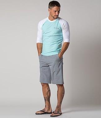 How to wear: mint long sleeve t-shirt, grey shorts, black flip flops