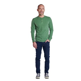 How to wear: navy canvas low top sneakers, navy jeans, green long sleeve henley shirt