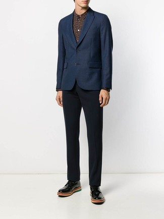 How to wear: black leather derby shoes, navy dress pants, black print dress shirt, navy blazer