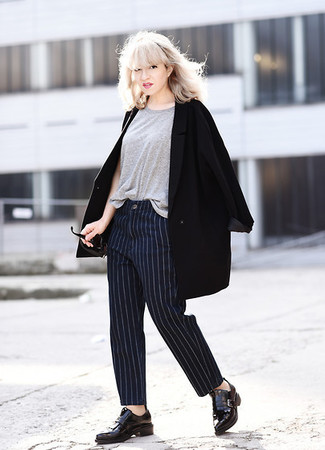 How to Wear Navy Vertical Striped Dress Pants For Women: This combination of a black coat and navy vertical striped dress pants is extremely easy to put together without a second thought, helping you look chic and ready for anything without spending a ton of time searching through your wardrobe. All you need is a pair of black leather tassel loafers to complete this getup.