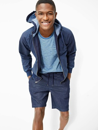 How to wear: navy hoodie, light blue crew-neck t-shirt, navy shorts