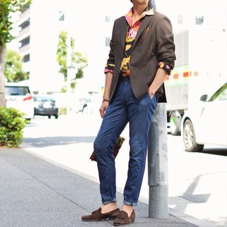 How to wear: dark brown suede tassel loafers, navy jeans, black floral long sleeve shirt, dark brown blazer
