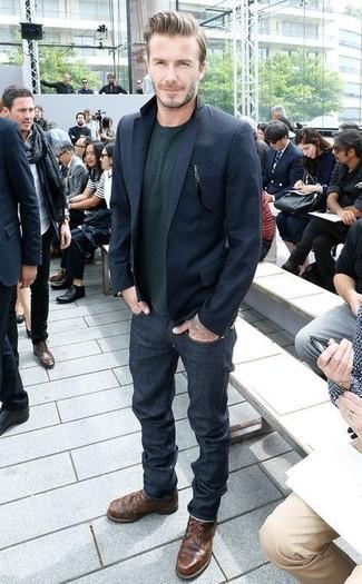 How to wear: dark brown leather casual boots, navy jeans, dark green crew-neck sweater, navy blazer