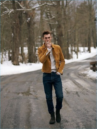 How to wear: dark brown suede chelsea boots, navy jeans, white v-neck sweater, tobacco suede shirt jacket