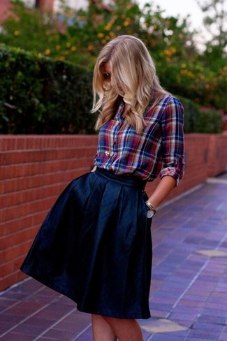 How to Wear a Navy Full Skirt: This combination of a red and navy plaid dress shirt and a navy full skirt is very easy to pull together and so comfortable to sport from dawn till dusk as well!