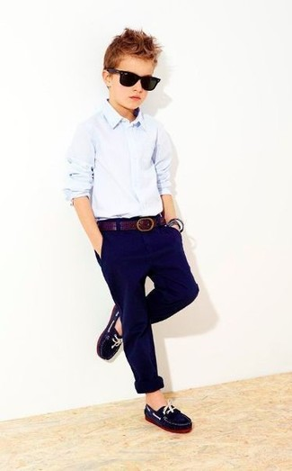 How to wear: navy loafers, navy trousers, light blue long sleeve shirt