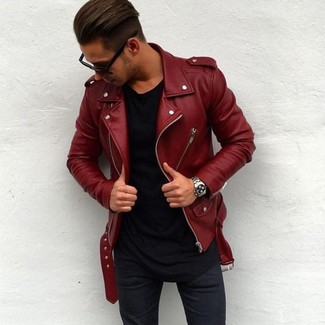 How to wear: silver watch, navy skinny jeans, black crew-neck t-shirt, red leather biker jacket