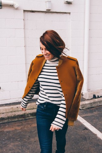 Women's Looks & Outfits: What To Wear In 2020: This is solid proof that a tobacco wool bomber jacket and navy skinny jeans are awesome when married together in an off-duty look.