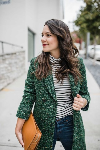 Women's Looks & Outfits: What To Wear In 2020: For a look that's super simple but can be flaunted in a ton of different ways, make a green tweed coat and navy skinny jeans your outfit choice.