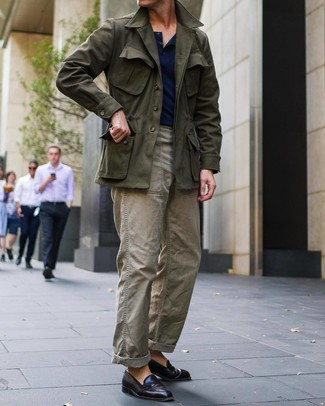 How to wear: burgundy leather loafers, olive cargo pants, navy henley shirt, olive field jacket