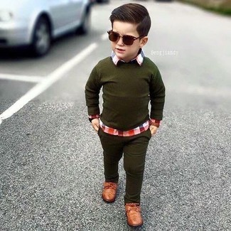 Boys' Looks & Outfits: What To Wear In 2020: Your little guy will look extra adorable in an olive sweater and olive jeans. Brown oxford shoes are a great choice to finish off this ensemble.