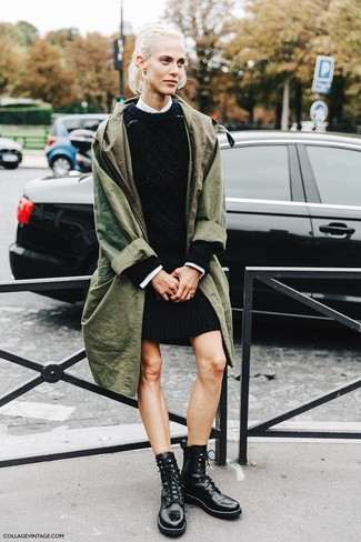 A Stella McCartney Oversized Trench Coat and a black sweater dress are appropriate for both smart casual events and day-to-day wear. A good pair of black leather lace-up flat boots are sure to leave the kind of impression you want to give. We're loving how this getup gets you excited for autumn in no time flat.