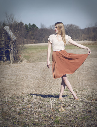 How to wear: pink necklace, orange leather ballerina shoes, orange silk full skirt, white lace cropped top