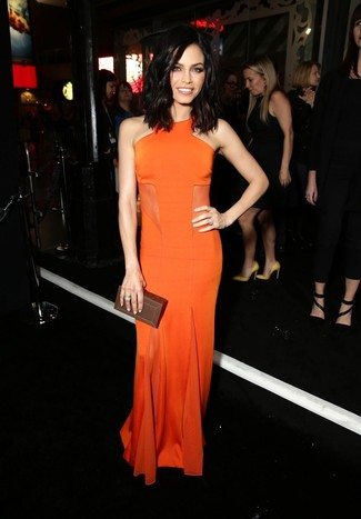 How to wear: orange evening dress, dark brown leather clutch, silver ring