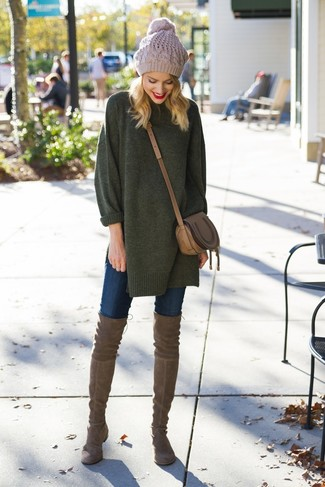 How to Wear a Brown Leather Crossbody Bag: Such essentials as a dark green oversized sweater and a brown leather crossbody bag are an easy way to introduce effortless cool into your daily styling routine. Complete your outfit with a pair of brown suede over the knee boots to avoid looking too casual.