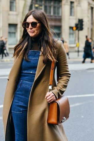 How to wear: tobacco leather crossbody bag, blue denim overalls, dark brown turtleneck, camel coat