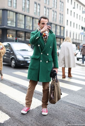 How to wear: green overcoat, brown chinos, hot pink low top sneakers, brown canvas tote bag