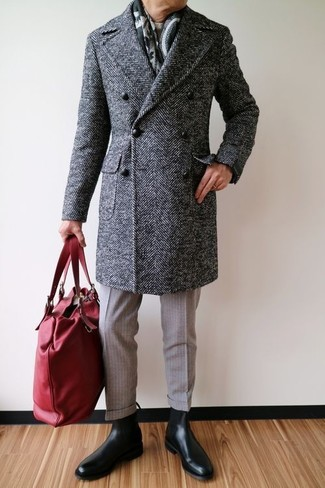 How to wear: charcoal herringbone overcoat, beige crew-neck sweater, beige wool dress pants, black leather chelsea boots
