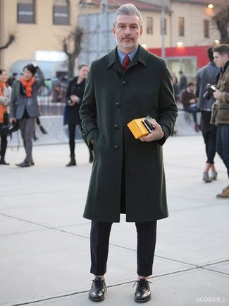 How to wear: dark green overcoat, blue dress shirt, black dress pants, black leather oxford shoes