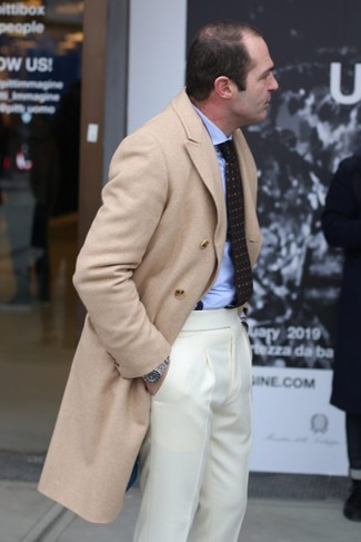 How to wear: beige overcoat, light blue dress shirt, beige dress pants, dark brown print tie