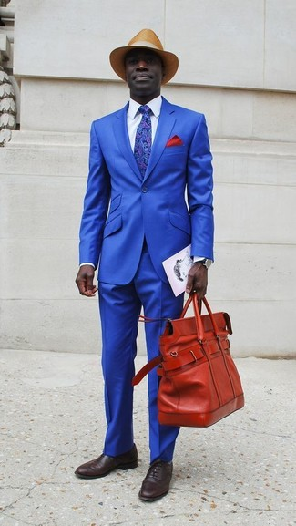 How to wear: red leather tote bag, dark brown leather oxford shoes, white dress shirt, blue suit