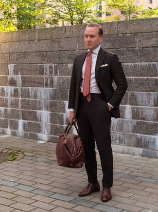 How to wear: brown leather holdall, brown leather oxford shoes, white dress shirt, dark brown suit