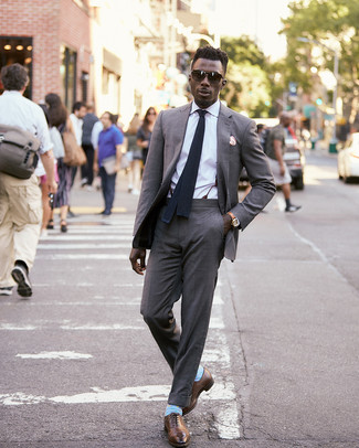 How to wear: black knit tie, brown leather oxford shoes, white dress shirt, grey suit