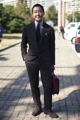 How to Wear Dark Brown Suede Oxford Shoes: For a look that's elegant and truly camera-worthy, team a dark brown check suit with a white and navy vertical striped dress shirt. Dial up the appeal of your getup by finishing with a pair of dark brown suede oxford shoes.