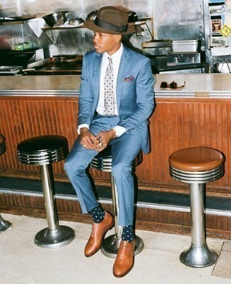 How to Wear a Brown Wool Hat For Men: Try teaming a blue suit with a brown wool hat for a straightforward look that's also well put together. Feeling bold today? Switch up your outfit with a pair of tobacco leather oxford shoes.