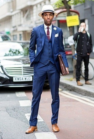 How to Wear a Beige Straw Hat For Men: Why not consider teaming a blue three piece suit with a beige straw hat? These pieces are very comfortable and look awesome when paired together. Hesitant about how to complete your ensemble? Wear tan leather oxford shoes to polish it up.